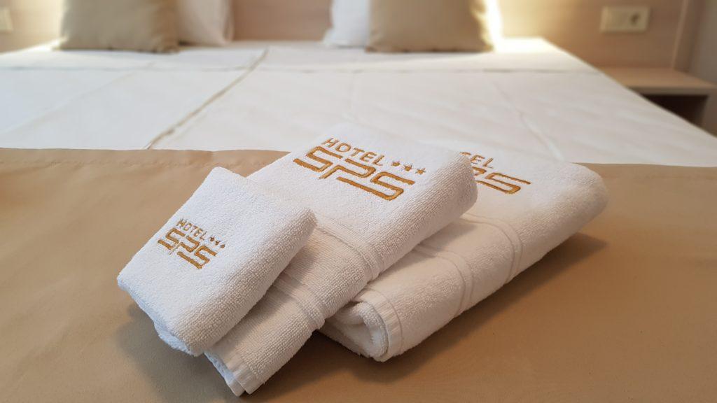 Апартамент - Хотел SPS